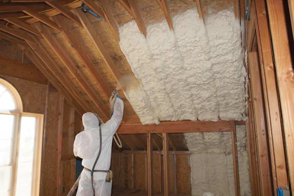 Insulation spray